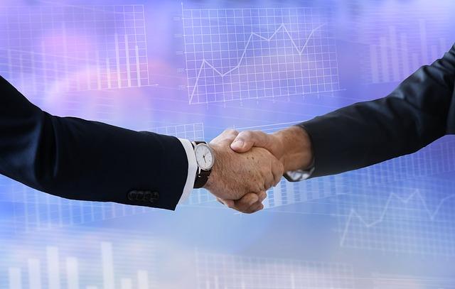 《【万和城公司】风华高科新收到71位投资者索赔,其中一位索赔5490万》