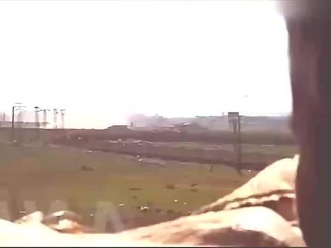 叙利亚战争:用无人机监控指导步兵巷战,这是战场上的一个bagel
