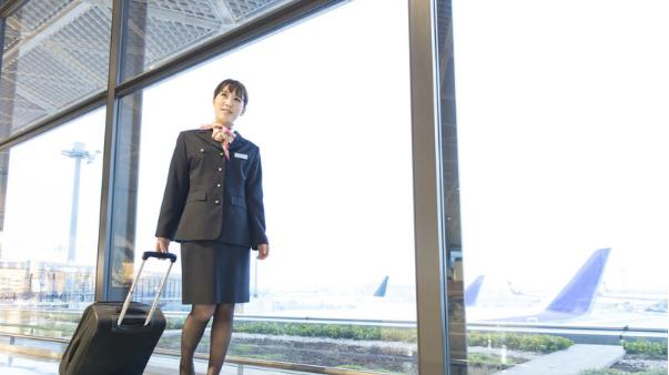 日本一航空公司允许全体员工做兼职:飞行员空姐都可以