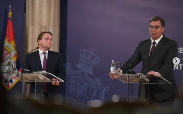 """塞尔维亚总统:与中俄合作被欧盟""""定罪"""" 我承认"""