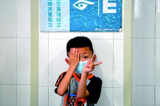 近视要扣分:长治中考新规是倒逼护眼还是给学生增负