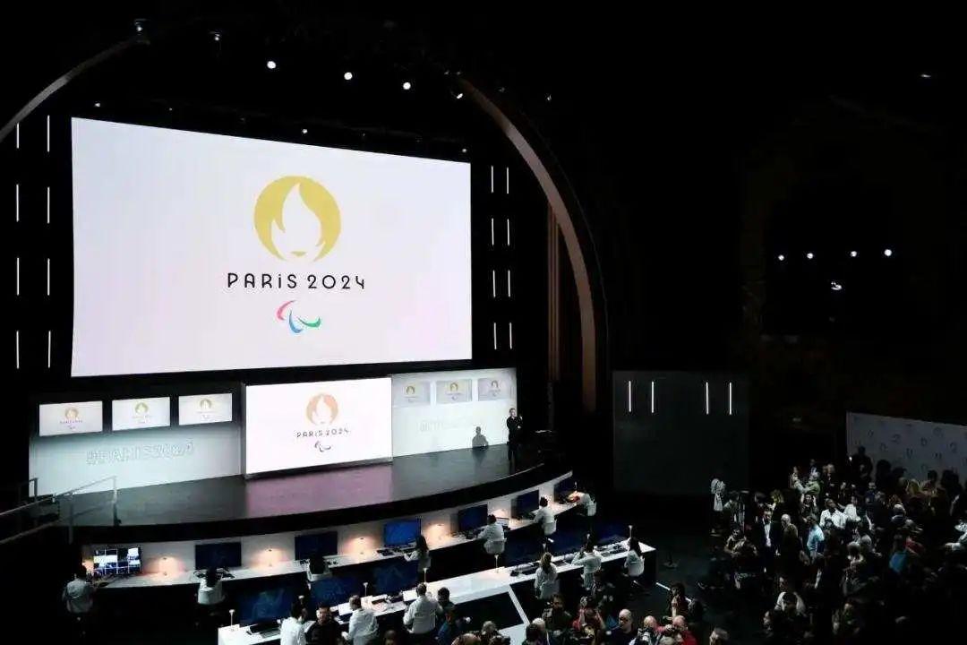 举重项目在2024巴黎奥运会中的参赛名额或被减少,甚至有可能被驱逐出奥运会。