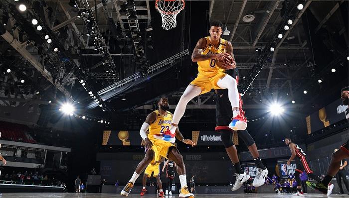 NBA总决赛打响,湖人大胜热火拔得头筹