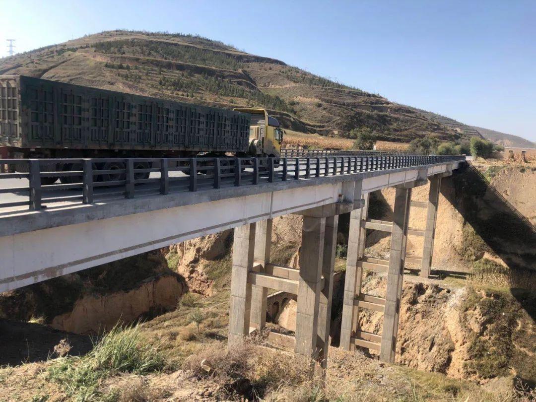 会宁公路段: G312线涝子沟桥抢修加固工程完工