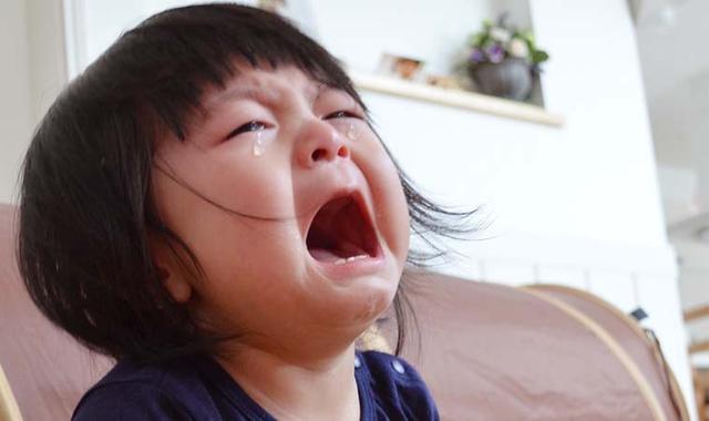 哭闹、抓脸、抠嘴,破解宝宝哭闹原因,稳定情绪,育儿师有妙招