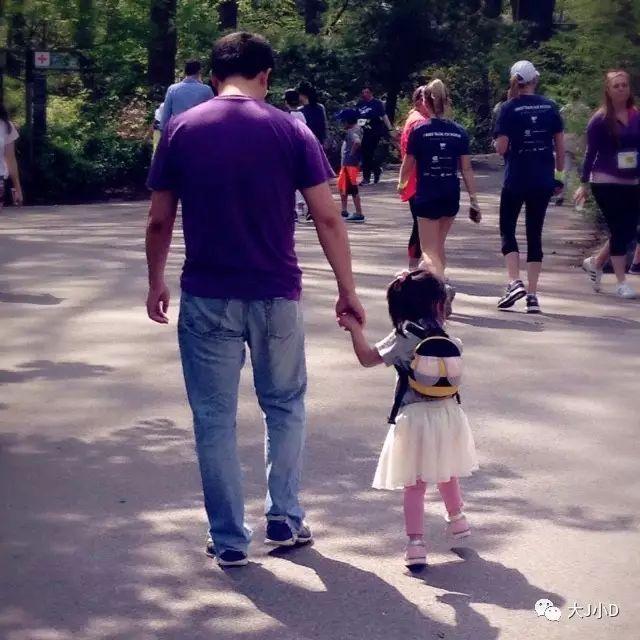 这样带孩子逛公园,绝对值回票价,效果比早教班好