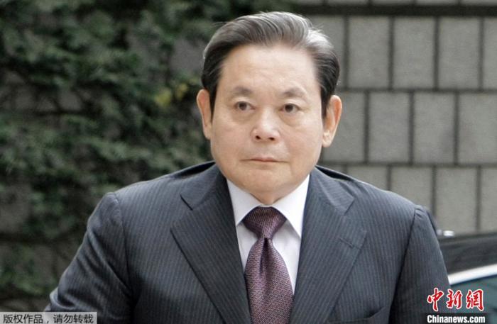 原料图:韩国三星集团会长李健熙。