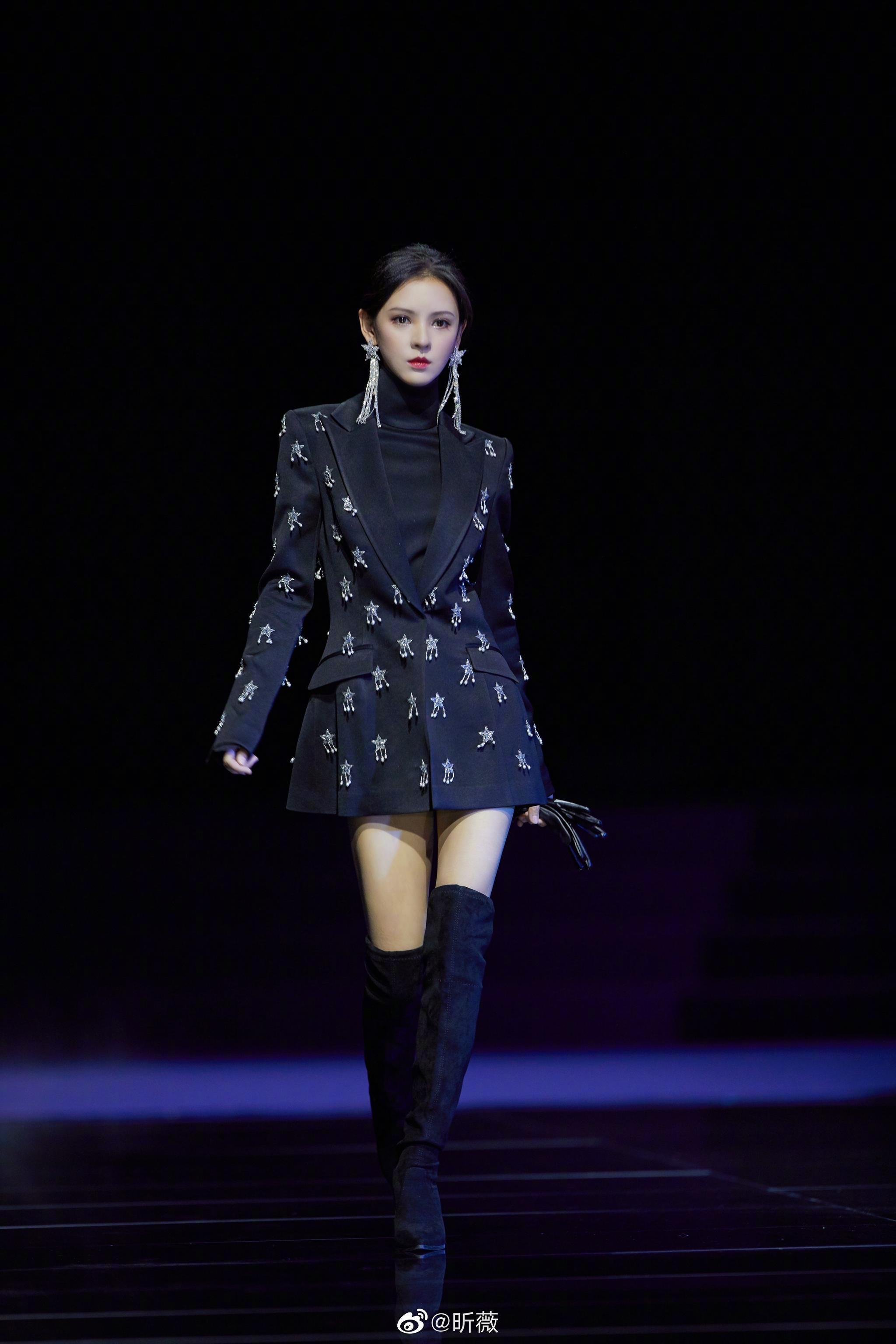 2021春夏中国国际时装周@张馨予 @张予曦 @R1SE-赵磊