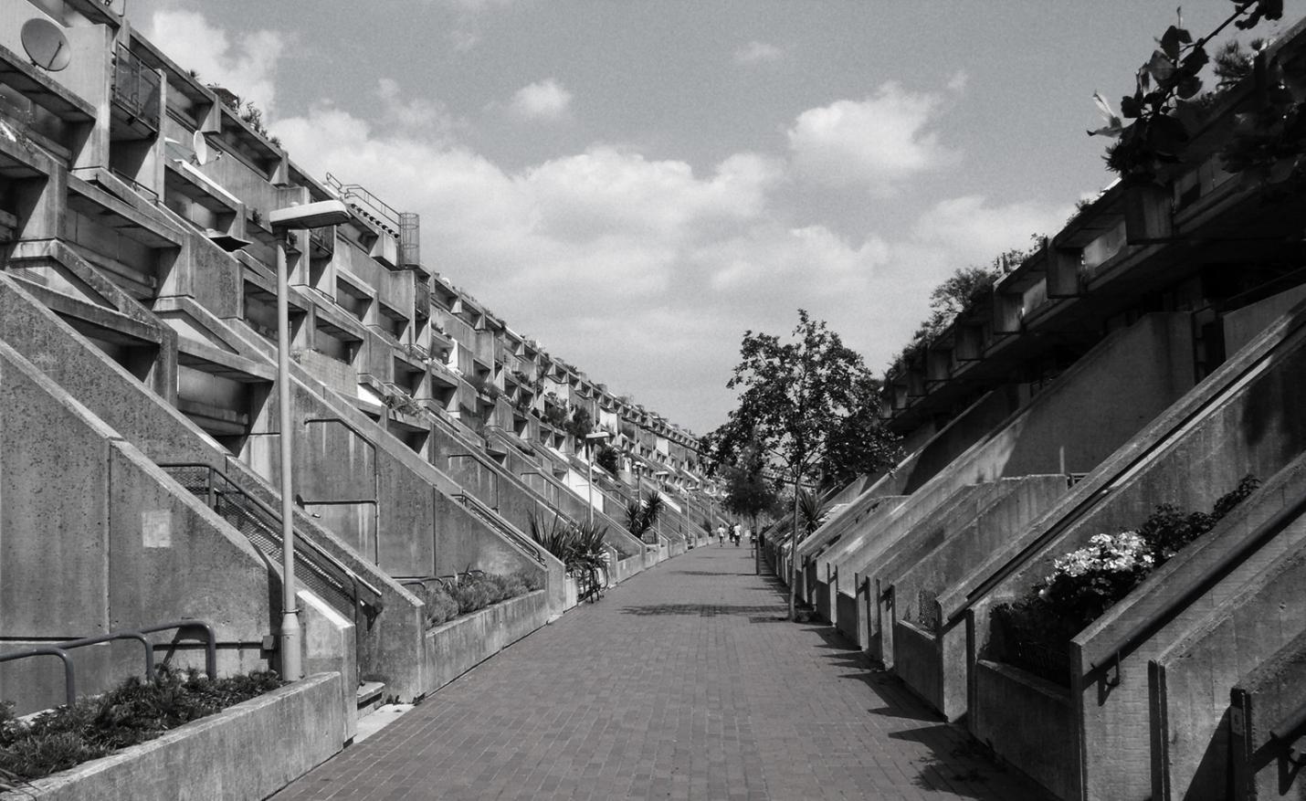 亚历山大路新村(1968年)不光是矮收好住宅,也是野蛮主义的尝试