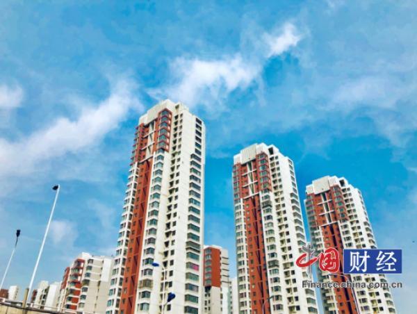 31省份前8月房地產投資:廣東超萬億 21地增速跑贏全國