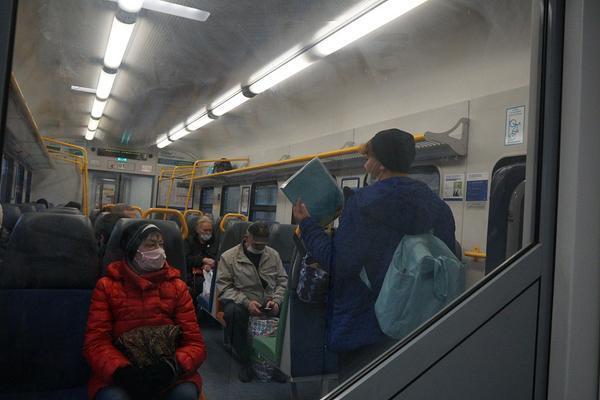 大雪天做1名东北司机到底有多难?冰人3项成常规操作