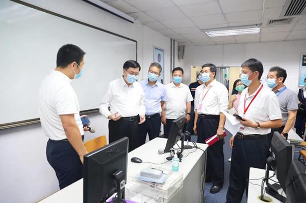陈旭东到深圳考区检查法律职业资格考试准备工作情况