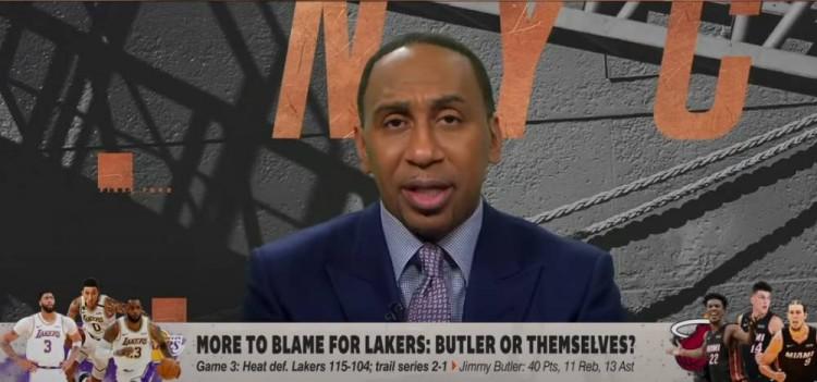 NBA闻名评论员史蒂芬-A-史密斯在节目中谈到了湖人G3输给热火