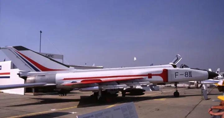 89年巴黎航展:苏27太霸气,米格29摔飞机,只有歼8打酱油