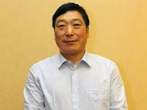 中书协副主席毛国典,书法作品估价2000元感觉不值,有美术字风格