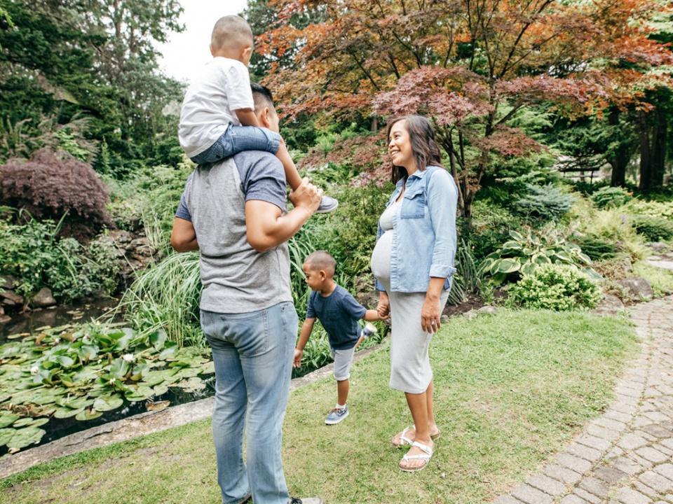 """""""我还很小,妈妈请等等我"""",对孩子多点耐心,允许他慢慢长大"""