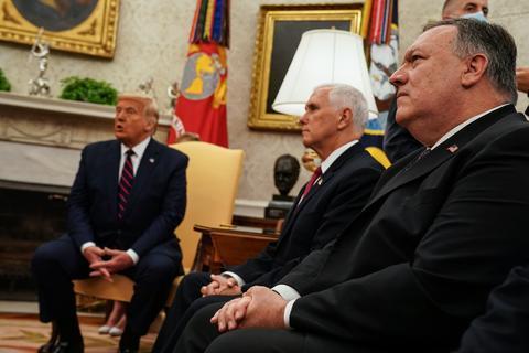 彭斯和蓬佩奥警告特朗普不要对伊朗发动军事抨击。(《纽约时报》原料图)