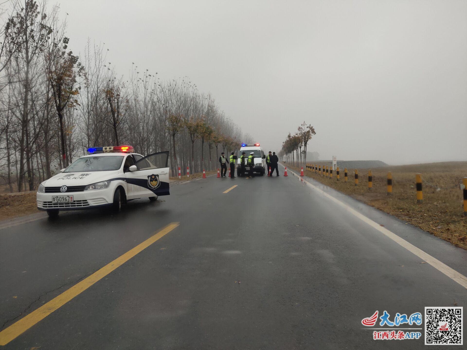 原阳县黄河大堤公安封锁路面禁止通行