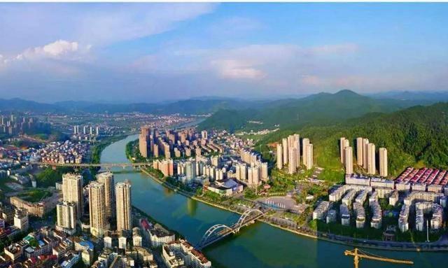 2019浏阳gdp_全国县级市2019年度GDP排名昆山市第一浏阳市第十
