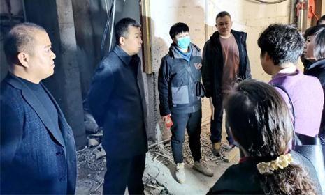 """元宝区长现场办公 加快推进""""养老服务中心""""项目建设"""