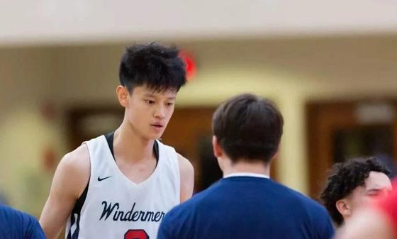 中国篮球新星决定加盟NCAA名校 曾是NBA历史助攻王斯托克顿母校