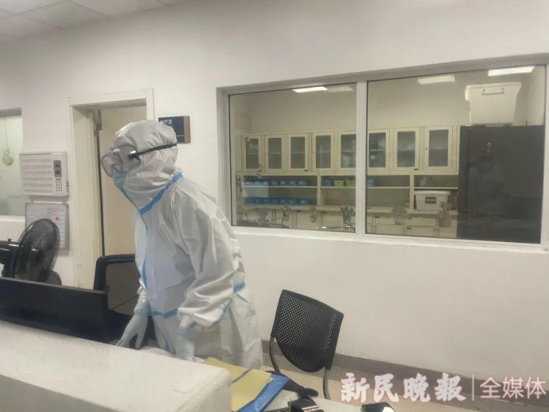 医院为中风险管控区开设了专属的病房 新民晚报首席记者 左妍 摄