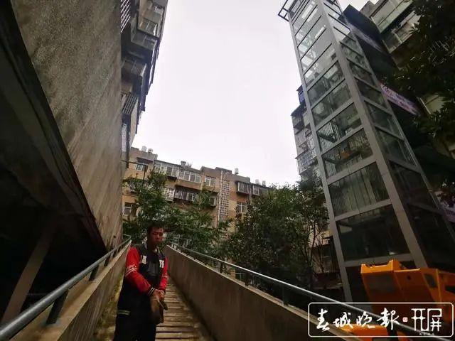 要凉?云南首批共享电梯已有11部停工!工地凌乱,总公司法人被限制消费…