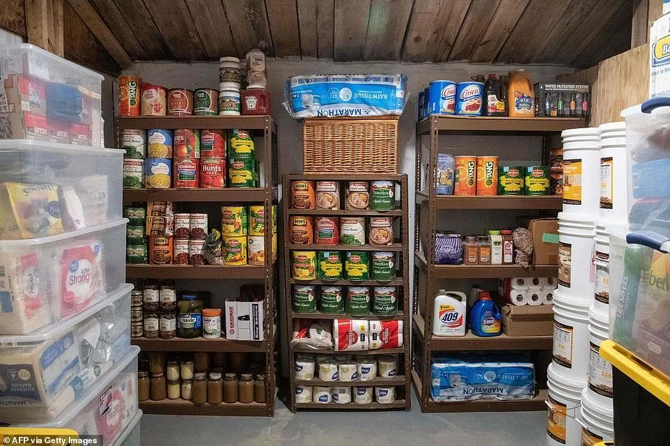 西弗吉尼亚基地的食品仓库。