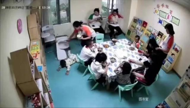 2岁孩子在早教中心摔伤,案发时6名老师在场,家属索赔竟遭威胁