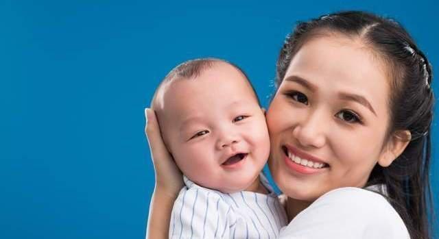 0~6个月宝宝养育,要避开哪些误区?新手父母早学习,轻松育儿