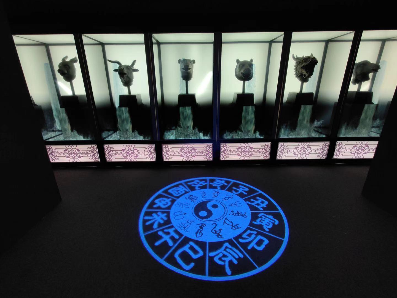 展厅设置了一个多媒体展示十二生肖兽首喷泉景象。摄影/新京报记者 浦峰