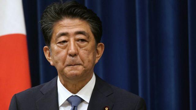 日本前首相安倍晋三因政治资金丑闻接受国会质询