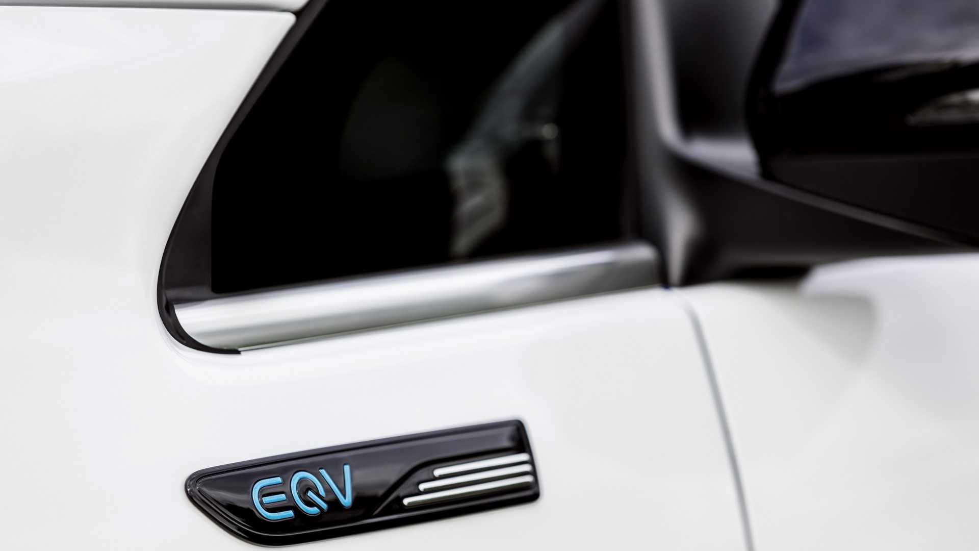 纯电续航343km 奔驰EQV公布售价为70,665英镑起