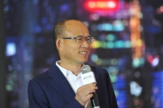 上海首富45亿豪饮舍得!郭广昌靠青岛啤酒、金徽酒大赚200亿