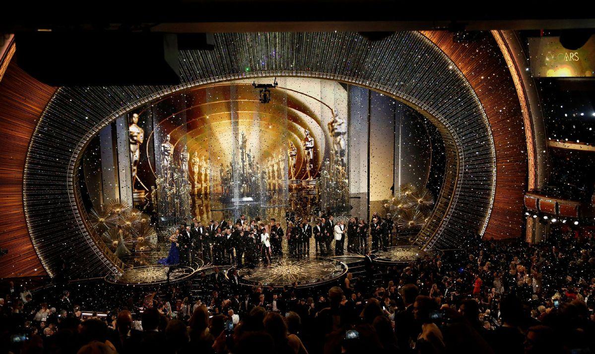 美媒:2021年奧斯卡頒獎禮將遵循傳統,堅持線下舉行