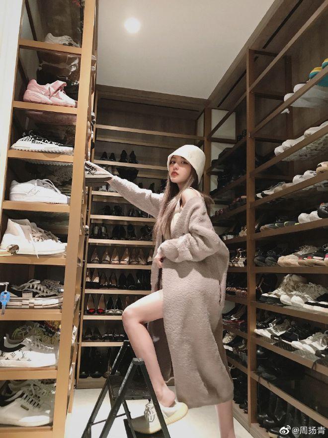 周扬青秀9层名牌鞋柜 罗志祥同款亮了