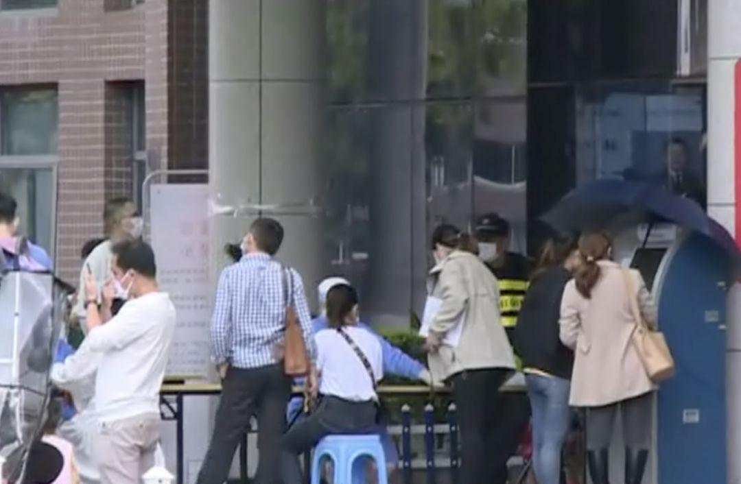 广东一老师用圆规扎未完成作业学生 已被警方控制调查