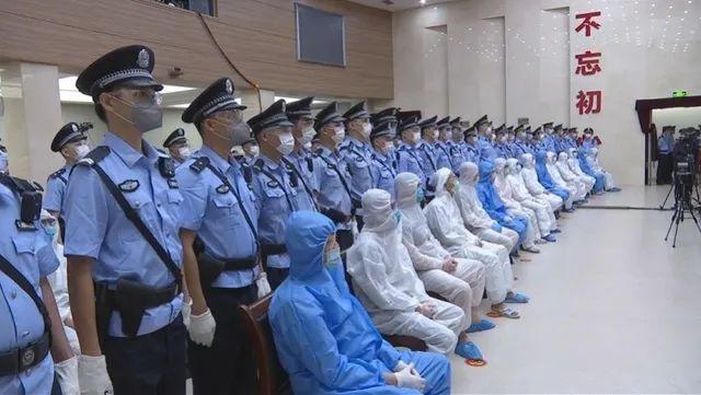 广州13例出院后复阳,104个密切接触者检测为阴性