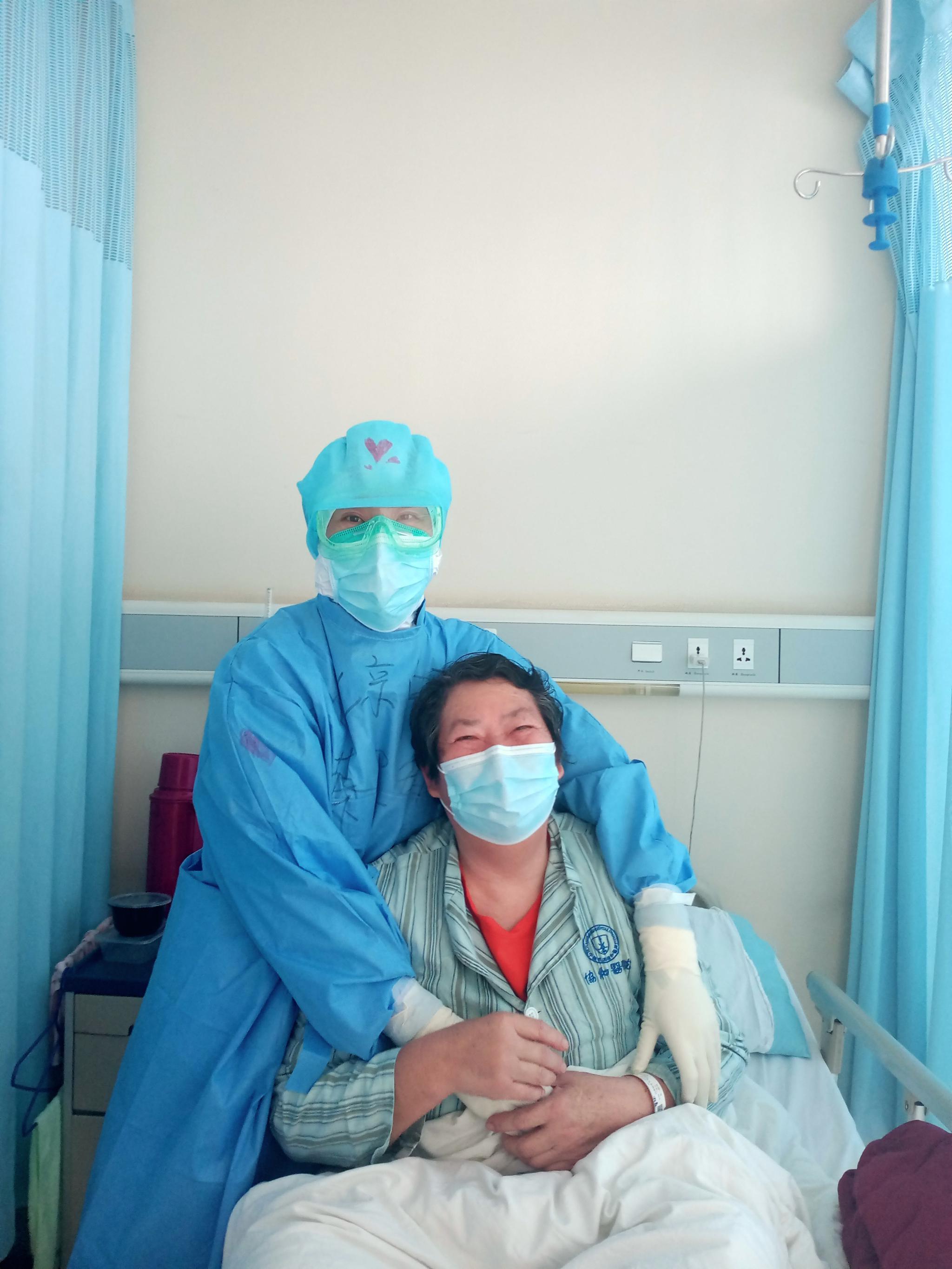 研究:新冠病毒发源地非华南海鲜市场 11月或人传人