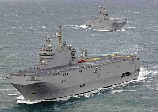 """为了抗击本国疫情,法国海军派出""""西北风""""级两栖攻击舰进行协助"""