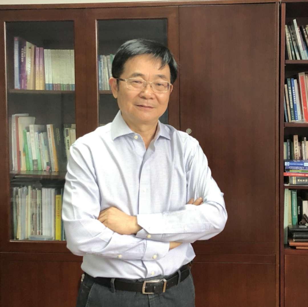 陈广汉教授。受访者供图