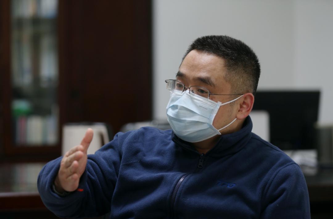 武汉市肺科医院院长彭鹏 摄影:崔萌