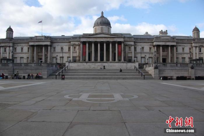 原料图:疫情下的伦敦市中央特拉法添广场。中新社记者 张平 摄