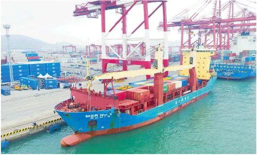 山东开通北方第一条内贸货物跨境运输航线