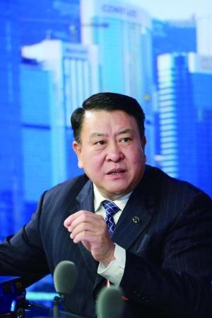 全国政协委员、北汽集团党委书记兼董事长徐和