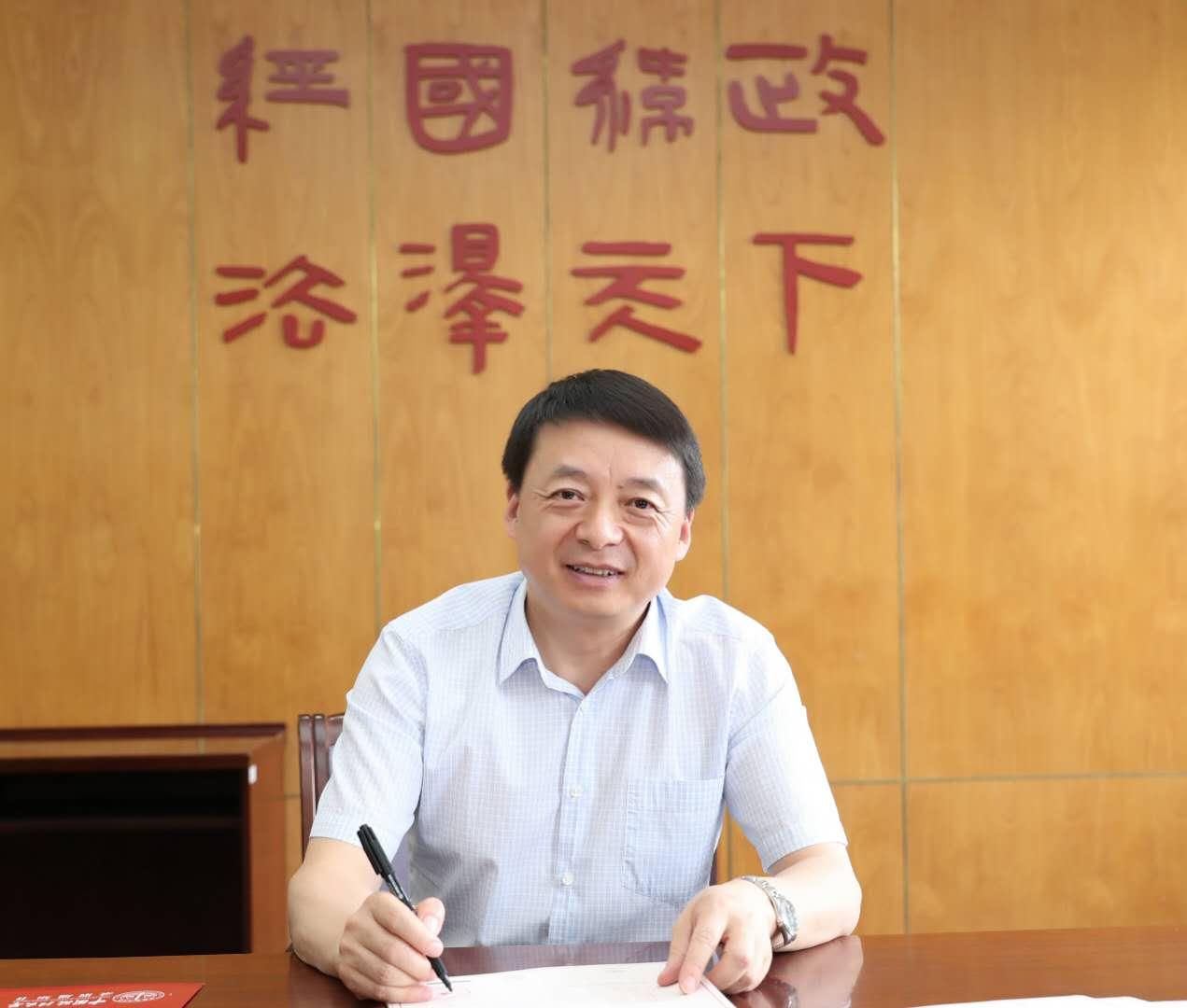 中国政法大学校长、中国法学会行政法学研究会会长马怀德。受访者供图