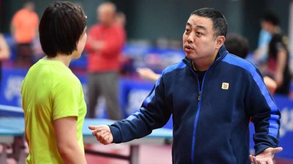 国乒劳动节加强体能训练刘诗雯单独进行康复训练