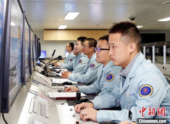 遠望5號船完成長征五號B火箭海上測控任務圖片