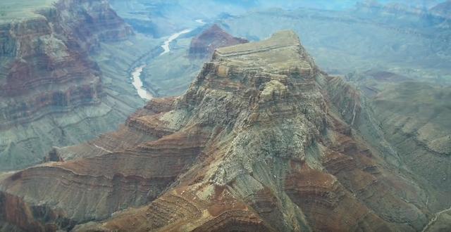 中企拿下全球最大铁矿开发权!对澳大利亚意味着什么