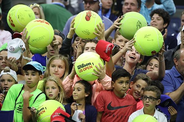 美国网球公开赛上的球迷。人民视觉 原料图